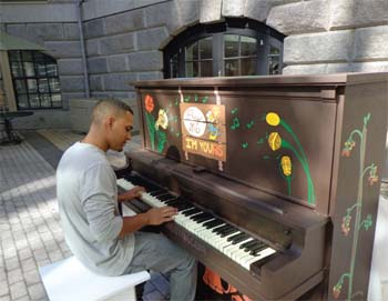 Play Me, I'm Yours: the Street Pianos Boston Festival